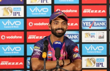 Smith is learning from 'best leader' MS Dhoni, says Rahane