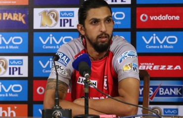 Didn't know Narine could bat that well, says Ishant Sharma