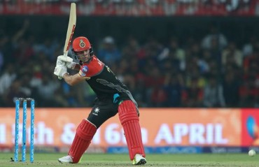 AB de Villiers to miss clash against Gujarat due to injury