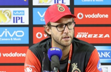 Hopeful that ABD, Badree and Mills will return to fitness before KKR game on April 23: Vettori