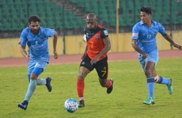 Play-by-Play: Churchill relegate Mumbai FC; Win 6-1 against 10-man Chennai; Bektur scores four