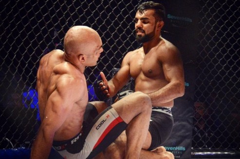Gurdarshan Mangat extends courtesy to Muneer, also has a message for future opponents