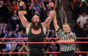 WWE Payback Results: New champions crowned, Strowman destroys Roman Reigns