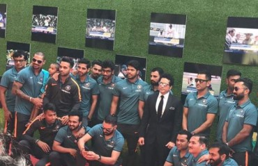 WATCH: Indian cricket team arrives at the premiere of 'Sachin: A Billion Dreams' in Mumbai