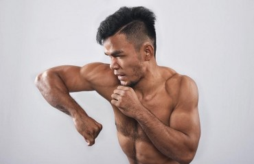 Rolando Dy who competed in Brave CF Mumbai, Set to make UFC debut in Singapore