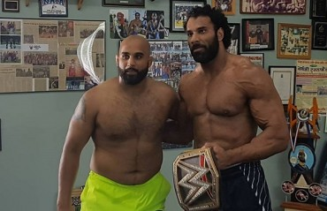 Jinder Mahal and Arjan Bhullar Share some quality time together