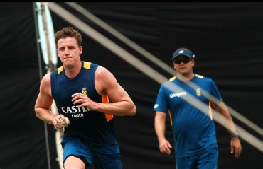 Injured Morne Morkel doubtful for 4th ODI against India