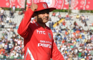 Sehwag hints at retirement from international cricket, leads to confusion
