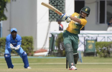 Duminy ruled out of last two ODIs, Dean Elgar called up as replacement
