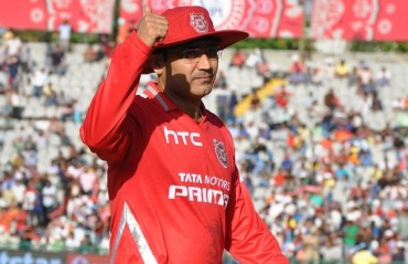 Viru apologises for not taking batting advice given to him over the years! Read his reason