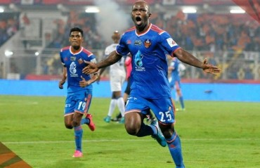 TOPS & FLOPS -- ISL Round 10: Two goalfests bring out the best. But No. 4 is serious trouble!
