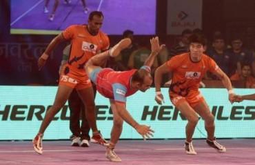 Pro Kabaddi: Bengaluru beat Patna, Warriors edge past Pink Panthers