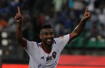 Tops & Flops ISL R12: No. 4 goes from hero to zero