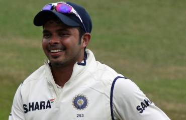 BCCI sticks to ban on players for time being