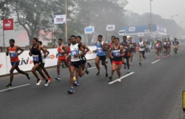 Thousands brave the chill for Kolkata 25K run