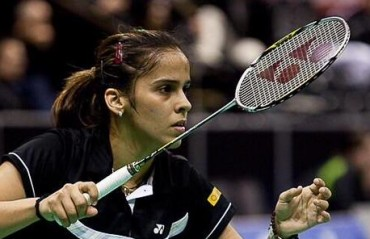 Saina receives NDTV Sportsperson of the year; wants Deepika to play her role in the biopic