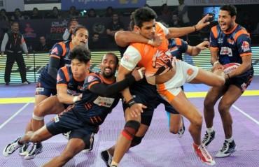 Bengal Warriors shines at home by beating Puneri Paltan 33-28