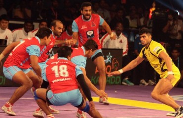City opener turn into enthralling draw with teams locking horns at 39 points each