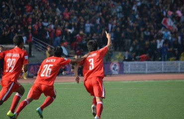 Sunday shines, Lalmuankima livens up Aizawl as they earn dramatic 2-0 victory over Mumbai