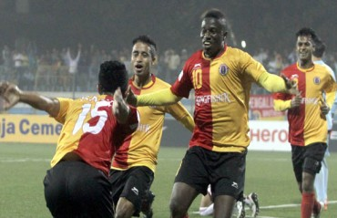 Massive blunder sinks Aizawl's 2 goal lead as Ranti Martins snatches victory with hat-trick
