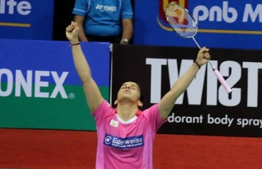Saina Nehwal enters semi-finals of Malaysia SSP, PV Sindhu exits