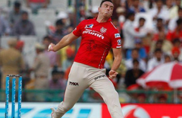 We can pull off a come-back like Mumbai Indians did last season, says KXIP paceman Kyle Abott