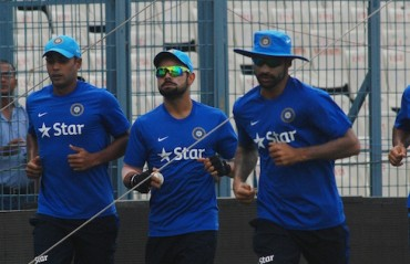ACCOUNTS SETTLED: Kohli and Dhawan finally receive their pending fee from DDCA