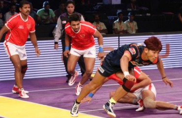 Strong finish from Bengal Warriors seals a big-margin triumph over Dabang Delhi