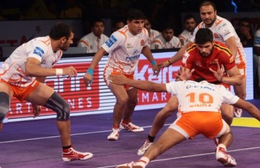 Rohit raids for glory as Bengaluru Bulls charge to victory against Puneri Paltan