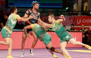Captain Dharmaraj fells Bengal raiders with back to back super tackles, ensures massive win for Patna