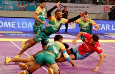 Patna squander early advantage with second straight loss, this time to Jaipur
