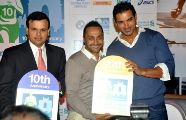 John Abraham & Rahul Bose unveil Mumbai full marathon 2017 registrations