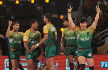 Patna Pirates tame Jaipur Pink Panthers to qualify for play-offs