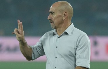 Pune coach Habas won't be on the bench due to 4 game ban from last year