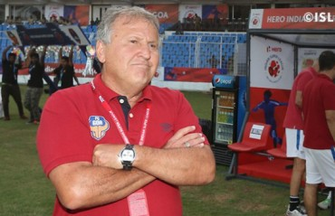 Zico complains about facilities provided by Kerala Blasters; and also the refereeing standards