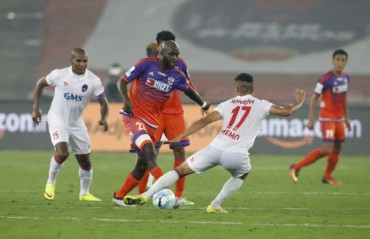 Play-by-Play: Pune turn the tables on league leaders Delhi, break into the top four in breathtaking goalfest