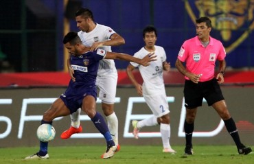 Play by Play: Mumbai TWO good for Chennai as they walk into the semi finals with the victory
