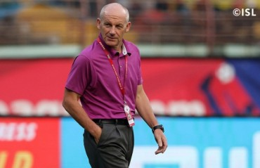 Steve Coppell brushes aside history, wants his players to play attacking football & enjoy ISL final