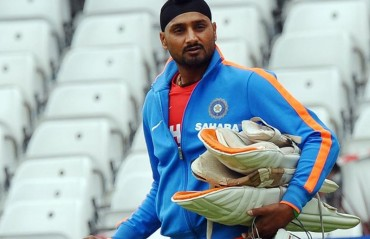 Harbhajan puts an end to rumours; says no intention of joining politics any time soon