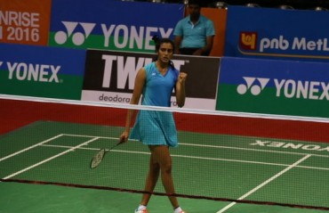 Sindhu trumps Saina as Chennai Smashers defeat Awadhe Warriors to enter the final of PBL 2017
