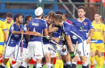 Fuchs, Yousuf star in Dabang Mumbai's 10-4 win against Jaypee Punjab Warriors