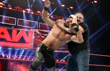 TFG Raw Review: Samoa Joe debuts, Lesnar challenges Goldberg