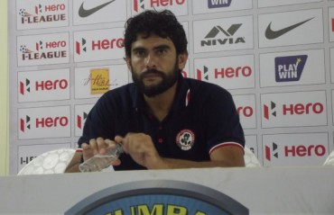 Khalid Jamil wants to focus on team synergy ahead of Bagan clash; reserves decision on Amnah injury