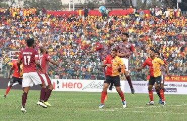Play-by-Play: A tense goalless draw plays out between a caution EB & MB in the season's first Kolkata Derby