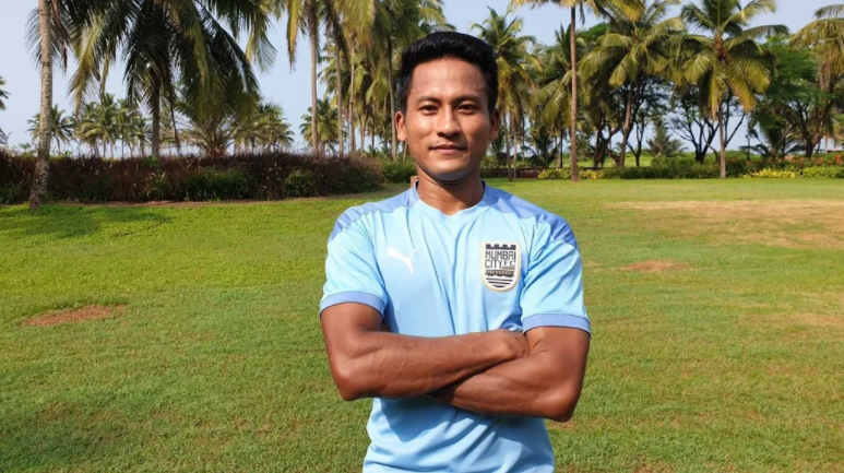 ISL 2020 – Mumbai City FC signs defender Tondonba Singh on a two-year contract