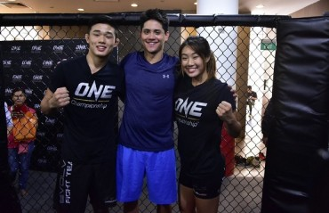 Olympic Champion Joseph Schooling to Walk Angela Lee to the cage at Dynasty of Heroes