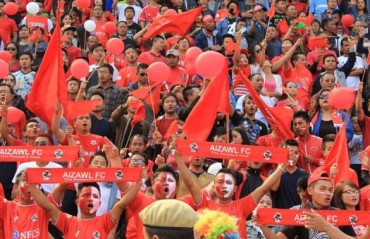 WATCH: Jayesh, Ashu do a 'Viking thunder-clap' with Aizawl fans after the win against Mohun Bagan