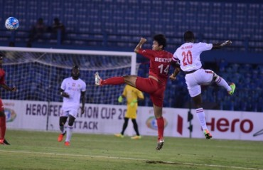 90th minute goal by Danmawia makes up for conceded penalty, gets Aizawl a 2-1 win over Churchill