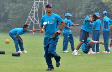 Dravid questions Dhoni, Yuvraj's role and future in the Indian team