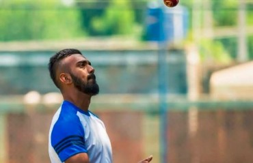 WATCH: KL Rahul back with the team after recovering from fever